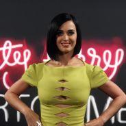 Katy Perry : la sexy girl is back, laissez passer les boobs ! (PHOTOS)
