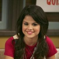 Selena Gomez : ses fans nostalgiques des Sorciers de Waverly Place #AlexRussoIsALegend