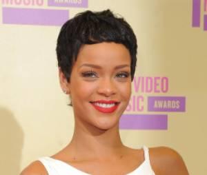Rihanna remporte le prix de clip de l'année aux MTV VMA 2012