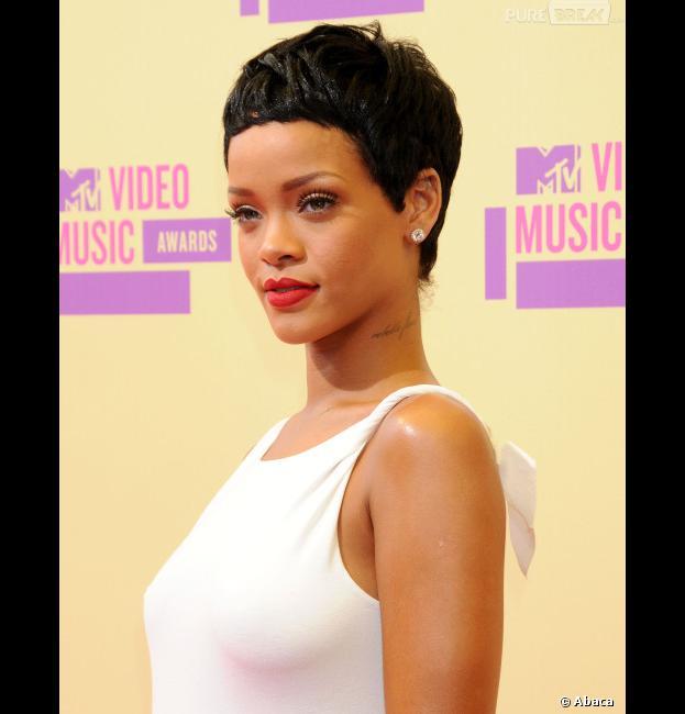 Rihanna n'a pas fait la faux-cul aux MTV VMA 2012 !