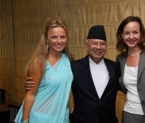 Geri Halliwell : Ravissante en sari lors de sa visite au Népal