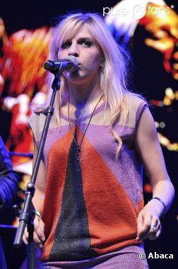 """Amandine Bourgeois est """"effondrée"""" suite à l'annulation de ses concerts"""