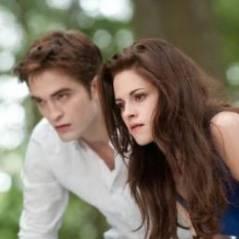 """Twilight 5 : une fin """"étrange"""" mais """"belle"""" selon Robert Pattinson"""