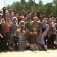 The Walking Dead saison 3 : adieux touchants dans le making-of de l'épisode 4 ! (VIDEOS)