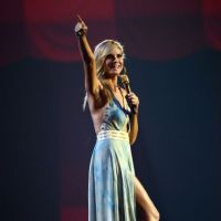 MTV European Music Awards : Heidi Klum a fait le show ! Tenues sexy et choré Gangnam Style au programme (VIDEO)