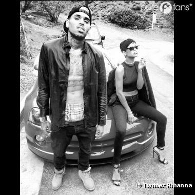 "Rihanna : Avec Chris Brown en mode ""thuglife"" !"