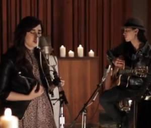 Demi Lovato rend hommage aux victimes de Newtown en chantant !