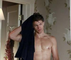 Toby va faire monter la température dans l'épisode 16 de la saison 3 de Pretty Little Liars