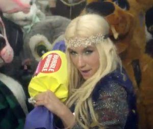Kesha dévoile son nouveau clip C'mon !