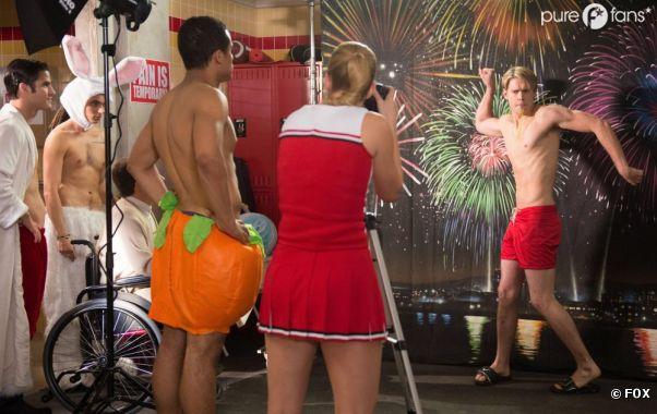 Glee saison 4 : les mecs se déshabillent dans l'épisode 12 !