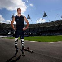 Oscar Pistorius : l'athlète paralympique tue sa petite amie par erreur