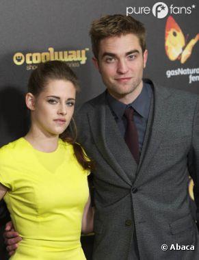 Robert Pattinson et Kristen Stewart en couple pour booster les ventes du DVD de Twilight 5 ?