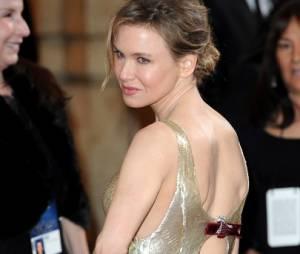 Renée Zellweger, un peu trop moulée dans sa robe