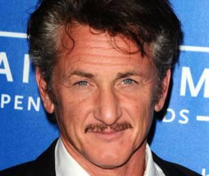 Sean Penn pleure un ami.