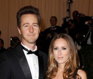 Edward Norton et sa fiancée Shauna Robertson attendent leur premier enfant
