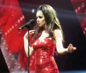 Cheryl Cole dans une tenue de soirée alléchante