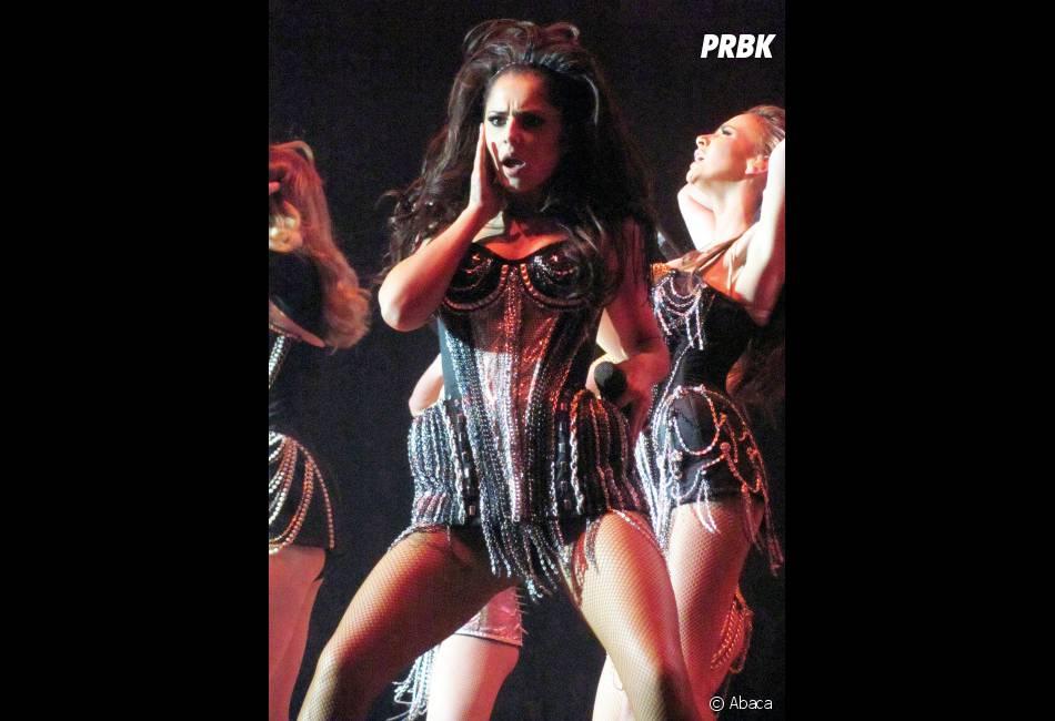 Cheryl Cole et son corset sexy