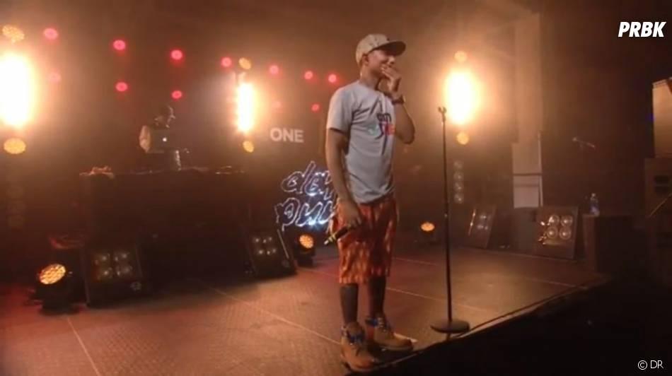 Pharrell Williams chante Get Lucky sans les Daft Punk en concert à New-York