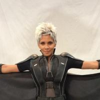 X-Men Days of Future Past : Halle Berry, enceinte, se dévoile en costume de Tornade