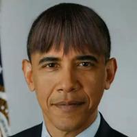 """Barack Obama avec la frange de Michelle : le show du """"jeune socialiste musulman"""" fait rêver Spielberg"""