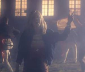 Dido enchanteresse dans le clip de End Of Night