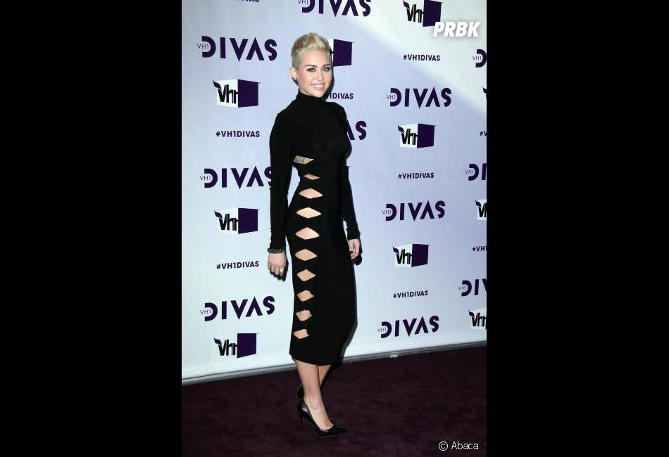 Miley Cyrus ravie d'être numéro 1 de la Hot List de Maxim