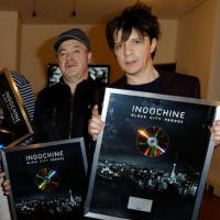 Indochine : Nicola Sirkis compare le clip violent de College Boy... aux Anges 5