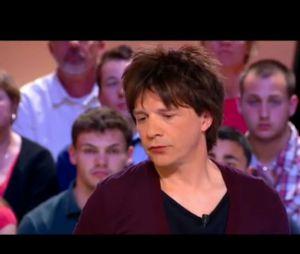 Sur le plateau du Grand Journal de Canal+, Nicola Sirkis revient sur la polémique du clip College Boy d'Indochine