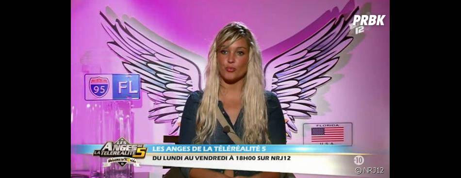 Aurélie est très amoureuse de Benjamin dans les Anges 5.