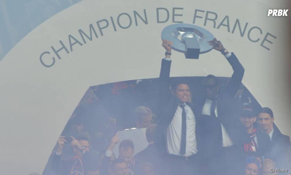 Le PSG a reçu son trophée dans une drôle d'ambiance