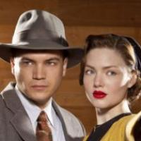 Bonnie and Clyde : Emile Hirsch et Holliday Grainger prennent la pose pour Lifetime