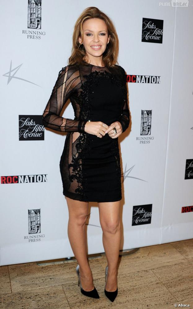 Kylie Minogue en robe sexy transparente le 17 juin 2013 à New-York