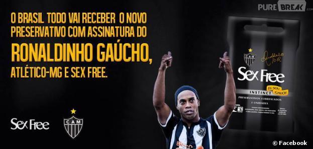 """Ronaldinho fait de la pub pour la marque de préservatifs """"Sex Free"""""""