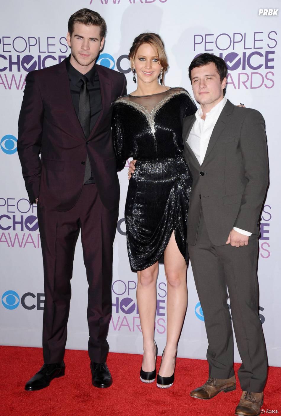 Josh Hutcherson ne sort pas avec Sophia Bush mais avec l'actrice Claudia Traisac