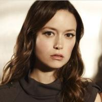 Arrow saison 2 : la sublime Summer Glau rejoint Oliver Queen (SPOILER)
