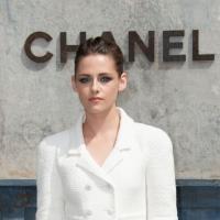 Kristen Stewart : en couple avec son partenaire dans Camp X-Ray ?