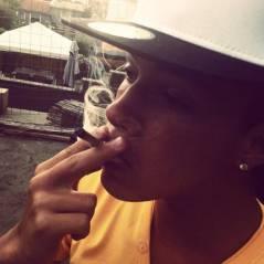 Chris Bieber : en mode fumeur de joints pour soutenir Justin Bieber, Twitter en colère
