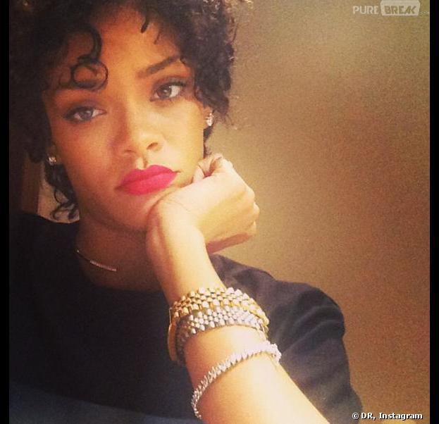 Rihanna affiche sa nouvelle coupe de cheveux toute en simplicité sur Instagram.