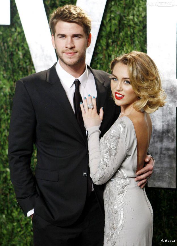 Miley Cyrus et Liam Hemsworth à la soirée Vanity Fair des Oscars 2012