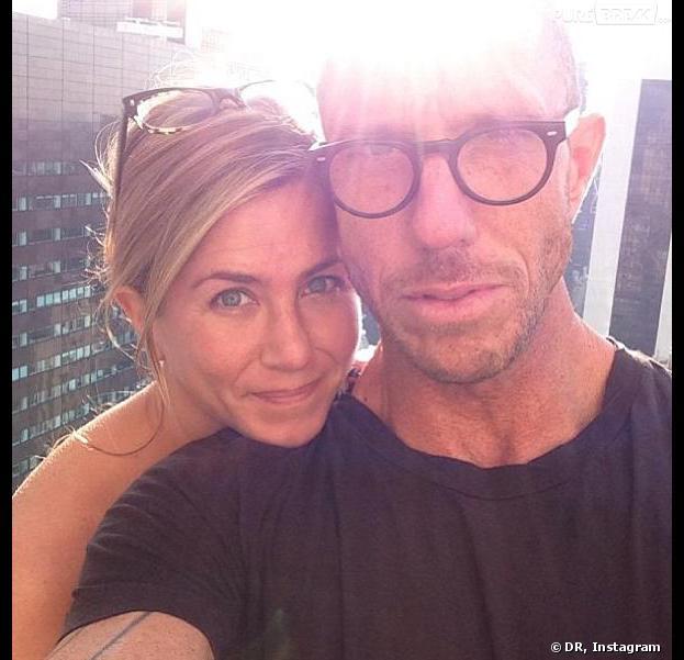 Jennifer Aniston sans maquillage se dévoile sur Instagram.