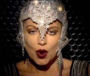 Fergie : A Little Party Never Killed Nobody, le clip rétro et bling bling