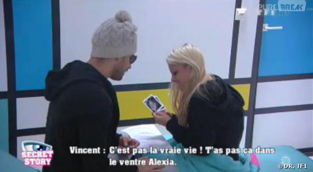 Secret Story 7 : Vincent et Alexia dans la SAS avec la fausse échographie.