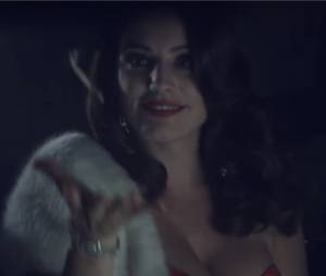 Lawson : Kelly Brook star de leur clip