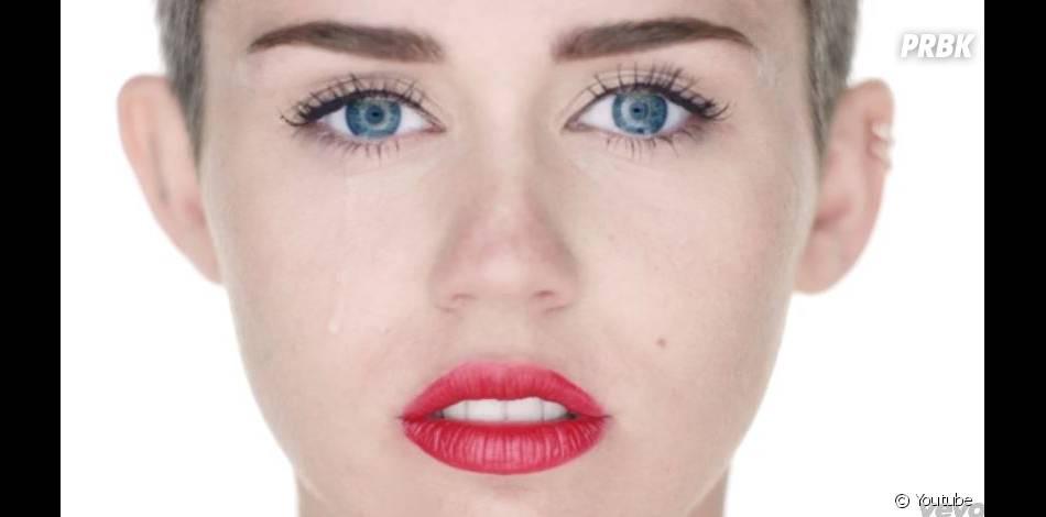 """Miley Cyrus - Wrecking Ball, le clip provoc extrait de l'album """"Bangerz"""""""