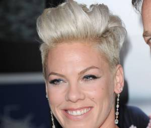 Pink tout sourire sur le tapis rouge de Thanks For Sharing, le 16 septembre 2013 à Los Angeles