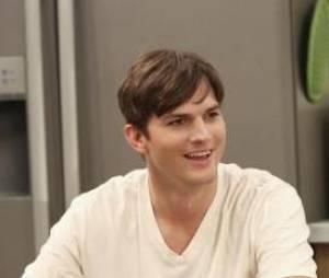 Mon Oncle Charlie saison 11 : Ashton Kutcher toujours en forme