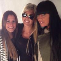 Amélie Neten, Anaïs Camizuli et Astrid : shooting 100% girly et friendly pour Blooshop