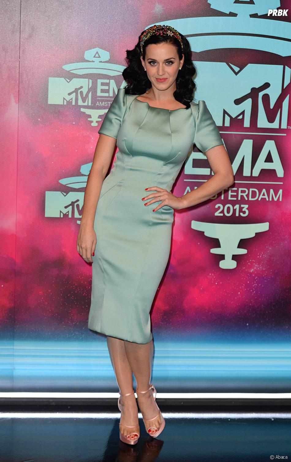 Katy Perry sur le tapis rouge des MTV EMA 2013 à Amsterdam, le 10 novembre 2013