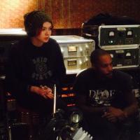 Sophie-Tith : nouvel album co-écrit avec Skip The Use