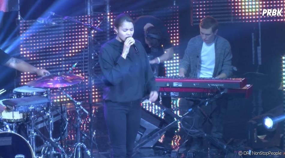 Ayo et Zaho lors du Hip Hop Live au Bataclan ce lundi 9 décembre 2013